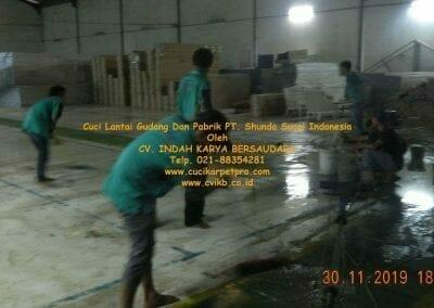 cuci-lantai-gudang-dan-pabrik-13