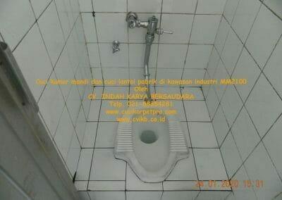 cuci-kamar-mandi-cuci-lantai-di-kawasan-industri-mm2100-21