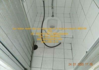 cuci-kamar-mandi-cuci-lantai-di-kawasan-industri-mm2100-35