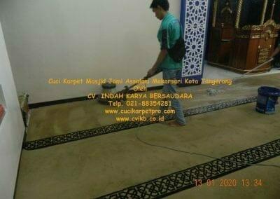 cuci-karpet-masjid-jami-assalam-mekarsari-04