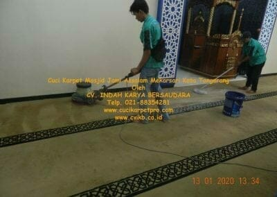 cuci-karpet-masjid-jami-assalam-mekarsari-05