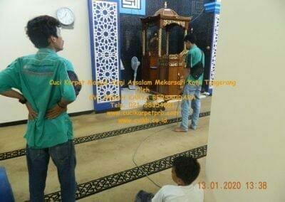 cuci-karpet-masjid-jami-assalam-mekarsari-08