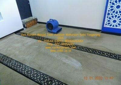 cuci-karpet-masjid-jami-assalam-mekarsari-09