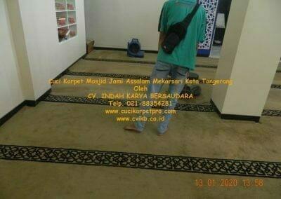 cuci-karpet-masjid-jami-assalam-mekarsari-18