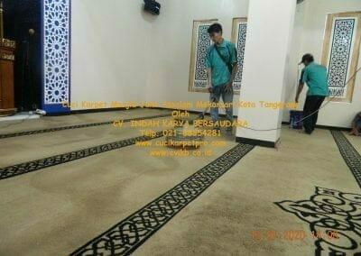 cuci-karpet-masjid-jami-assalam-mekarsari-26