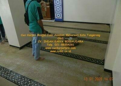cuci-karpet-masjid-jami-assalam-mekarsari-30