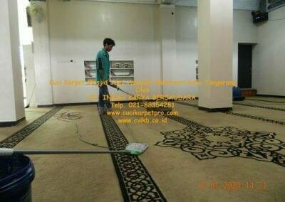 cuci-karpet-masjid-jami-assalam-mekarsari-35