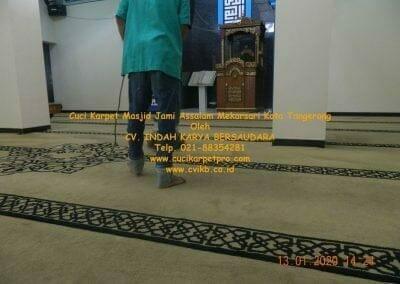 cuci-karpet-masjid-jami-assalam-mekarsari-38
