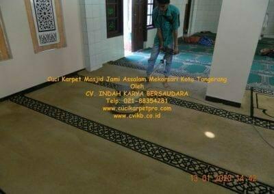 cuci-karpet-masjid-jami-assalam-mekarsari-48