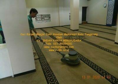 cuci-karpet-masjid-jami-assalam-mekarsari-51