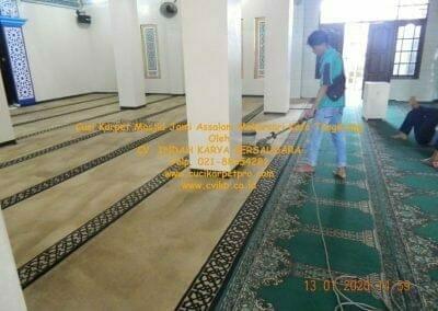 cuci-karpet-masjid-jami-assalam-mekarsari-52