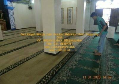 cuci-karpet-masjid-jami-assalam-mekarsari-54