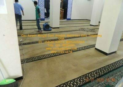 cuci-karpet-masjid-jami-assalam-mekarsari-57