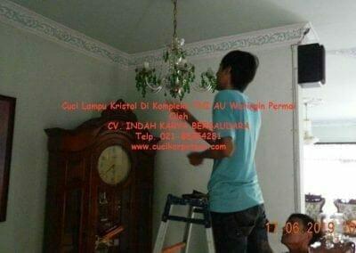 cuci-lampu-kristal-di-kompleks-tni-au-19
