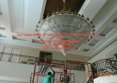 cuci-lampu-kristal-di-lotus-palace-sesi-2-07