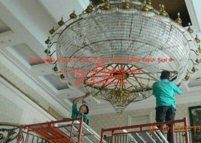 cuci-lampu-kristal-di-lotus-palace-sesi-2-58