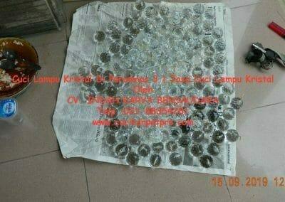 cuci-lampu-kristal-di-perumnas-3-06