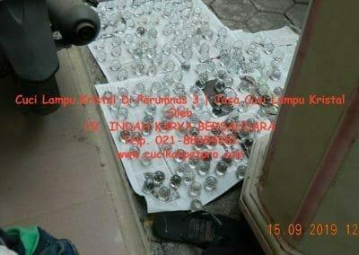 cuci-lampu-kristal-di-perumnas-3-07
