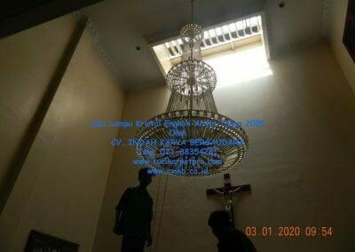 cuci-lampu-kristal-engkoh-arifin-tahun-2020-02