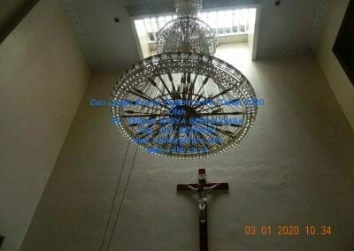 cuci-lampu-kristal-engkoh-arifin-tahun-2020-28