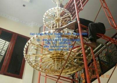 cuci-lampu-kristal-engkoh-arifin-tahun-2020-65