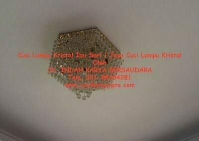 cuci-lampu-kristal-ibu-sari-03