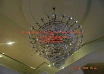 cuci-lampu-kristal-ibu-sari-2018-28