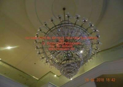 cuci-lampu-kristal-ibu-sari-2018-29