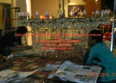 cuci-lampu-kristal-ibu-sari-2018-34