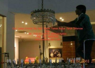 cuci-lampu-kristal-ibu-sari-2018-35