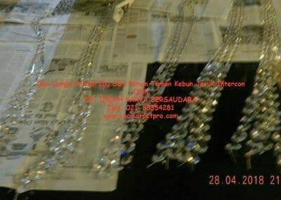 cuci-lampu-kristal-ibu-sari-2018-38