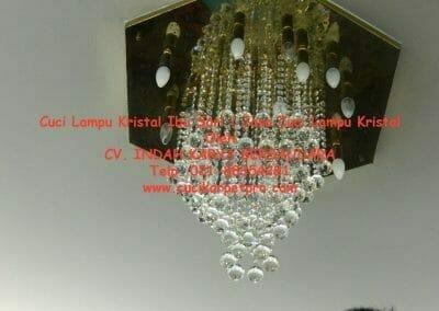 cuci-lampu-kristal-ibu-sari-21