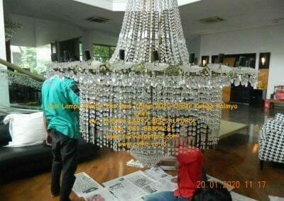 cuci-lampu-kristal-ibu-sari-tahun-2020-06