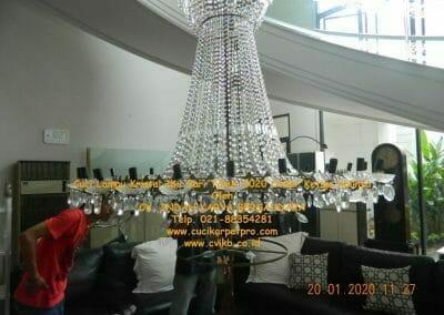 cuci-lampu-kristal-ibu-sari-tahun-2020-17