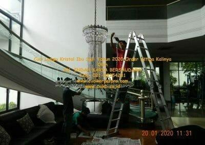 cuci-lampu-kristal-ibu-sari-tahun-2020-22