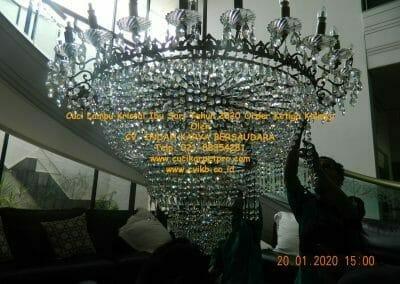 cuci-lampu-kristal-ibu-sari-tahun-2020-48