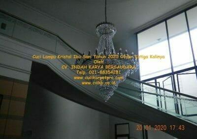 cuci-lampu-kristal-ibu-sari-tahun-2020-59