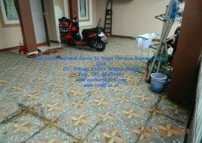 cuci-lantai-keramik-garasi-03