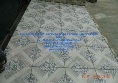 cuci-lantai-keramik-garasi-04