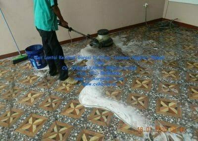 cuci-lantai-keramik-garasi-15