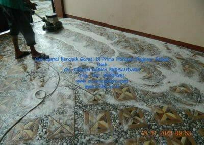 cuci-lantai-keramik-garasi-19
