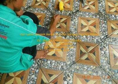 cuci-lantai-keramik-garasi-28