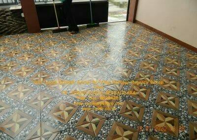 cuci-lantai-keramik-garasi-31