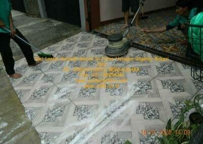 cuci-lantai-keramik-garasi-37
