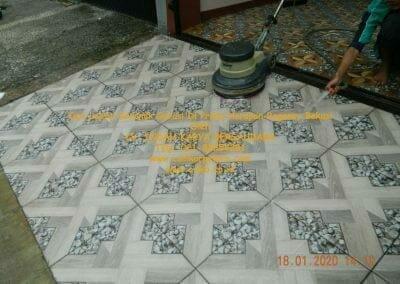 cuci-lantai-keramik-garasi-40