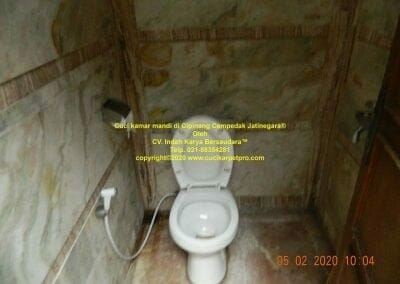cuci-kamar-mandi-di-cipinang-05