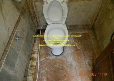 cuci-kamar-mandi-di-cipinang-36