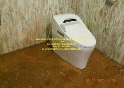 cuci-kamar-mandi-di-cipinang-43