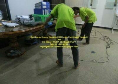 cuci-karpet-kantor-komnas-ham-12