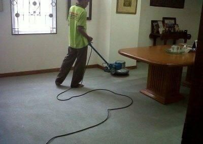 cuci-karpet-kantor-pt-biru-and-sons-01